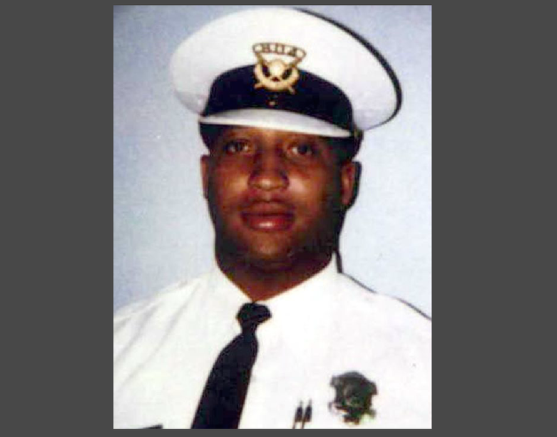 Cincinnati Police Officer Freddie Vincent in 2001Cincinnati Police Department