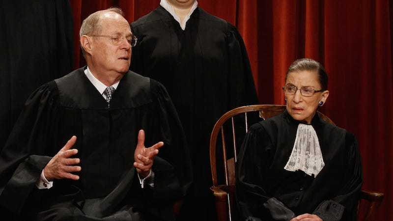 Illustration for article titled Notorious RBG to Justice Anthony Kennedy: You Used to Be Cool