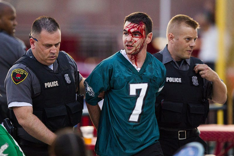 eagles fan bloodied after fight at lesean mccoy s charity softball game