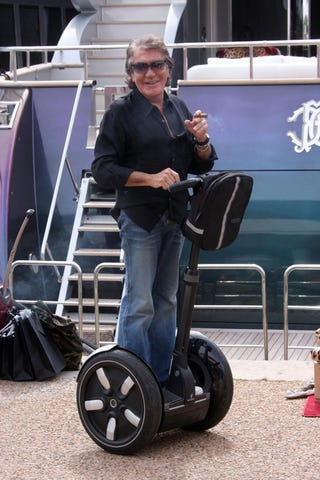 Illustration for article titled Roberto Cavalli's Stogie, Segway
