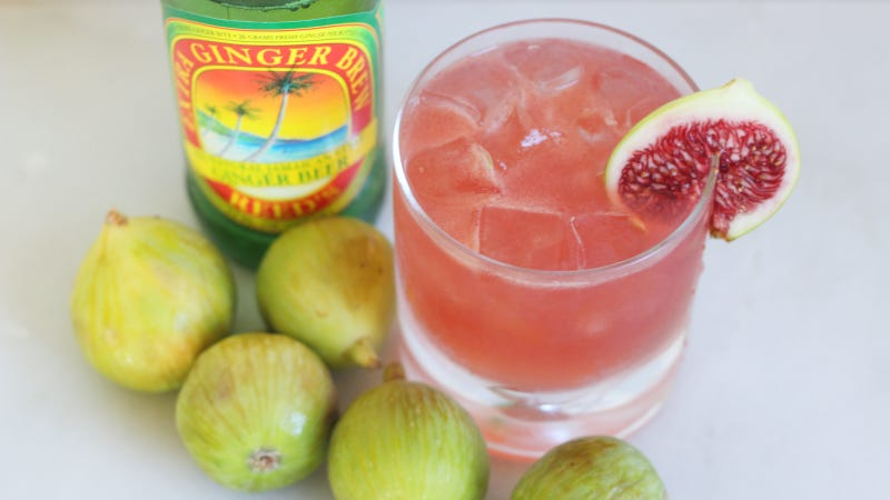 Ease Into Fall With This Fig and Ginger Spritz