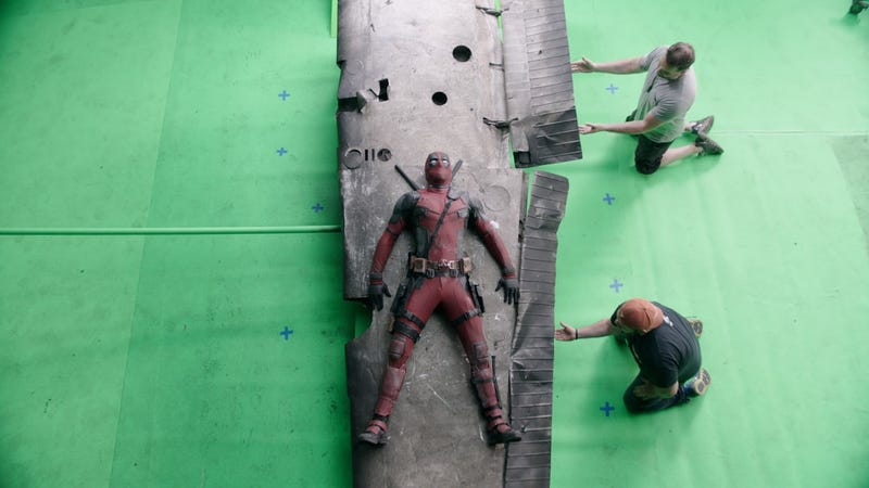 Illustration for article titled Check Out These Wonderful Before and After Deadpool Visual Effects Images