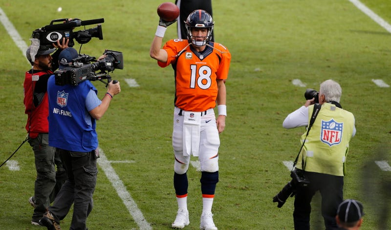 Illustration for article titled Report: Teams Are Already Lining Up To Bring Peyton Manning Into The Front Office
