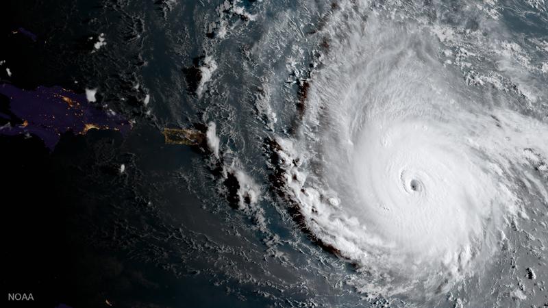 Fuerte oleaje en Vargas tras el paso del huracán Irma