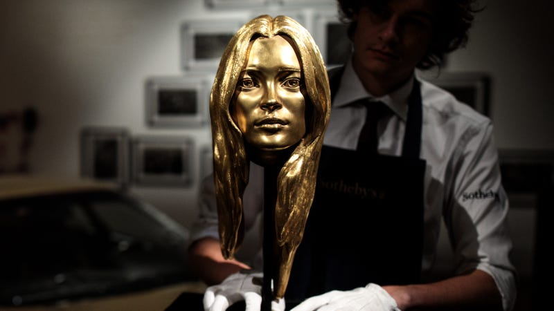 Illustration for article titled If You Like, You Can Buy This Gold Bust of Kate Moss For a Measly $300,000
