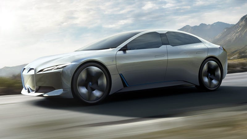Illustration for article titled The BMW i4 Packs 530 HP To Be An Electric M3 Alternative: Report