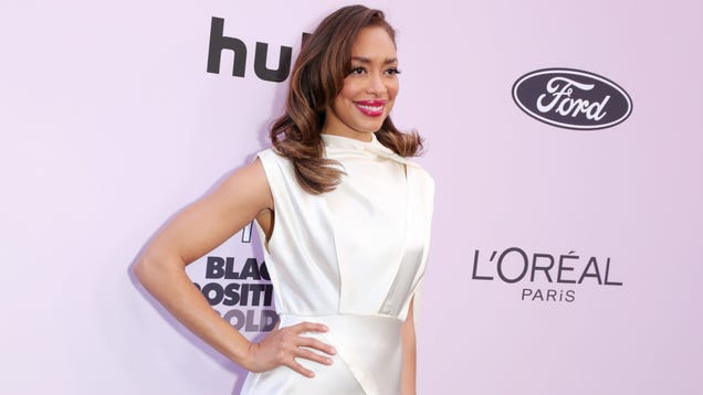 Gina Torres Joins The Brides TV Pilot, and We re Suddenly Very Excited About the Vampire Soap