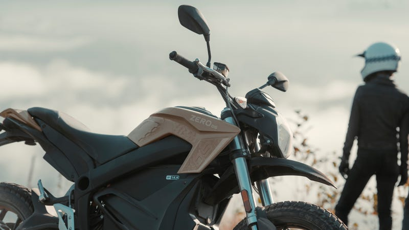 Illustration for article titled Zero's New Electric Motorcycles Have More Range, Power and Look Awesome