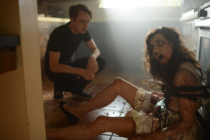 Illustration for article titled Aubrey Plaza goes full zombie in photos from Life After Beth