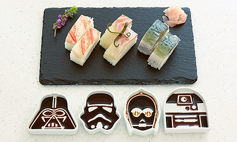 Illustration for article titled These Star Wars Soy Sauce Dishes Are Completely Absurd and I Want Them So Bad