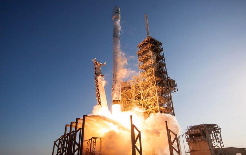 Lanzamiento del primer cohete Falcon 9 reutilizado. Foto: SpaceX