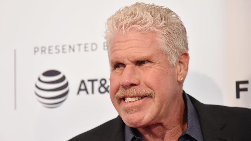 Illustration for article titled Ron Perlman, Piss Hero