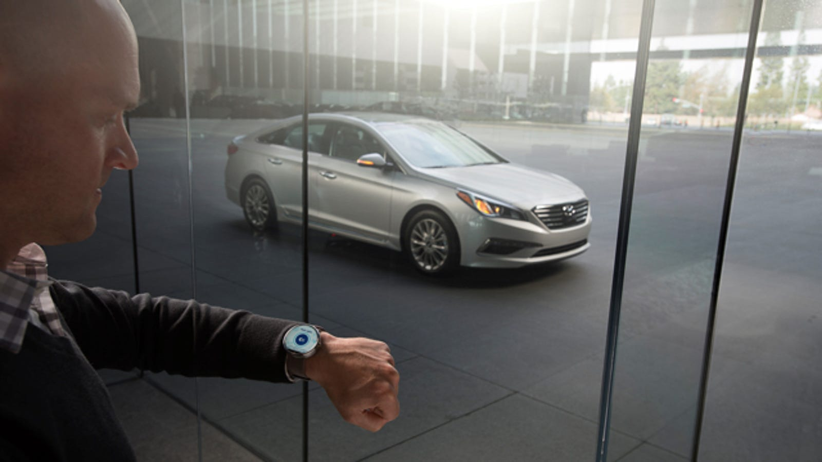 Hyundai\'s Smartwatch App Lets You Find, Start, And Unlock Your Car