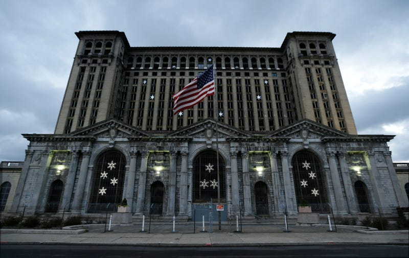 Illustration for article titled Is Detroit's Most Fabulous Ruin Finally Being Renovated?