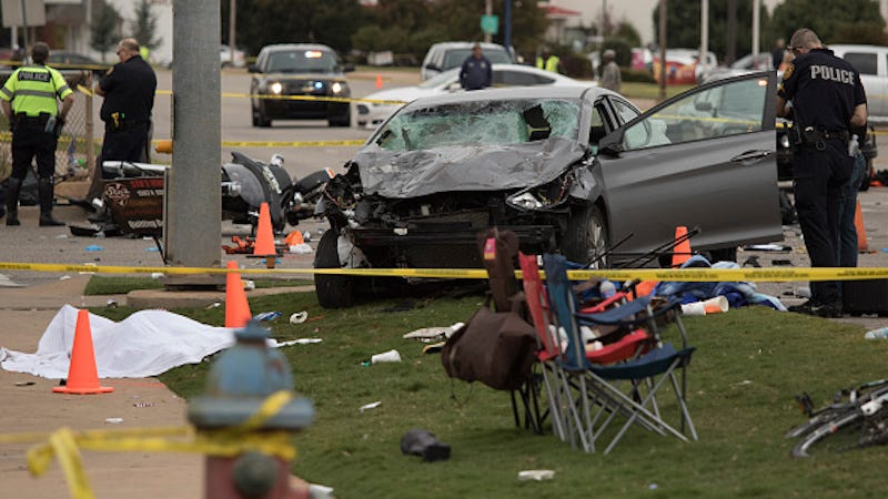 Illustration for article titled Car Crashes Into Oklahoma State University's Homecoming Parade, 3 Dead