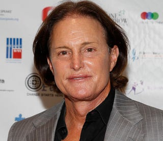 Illustration for article titled Bruce Jenner Tells Daughters to STFU