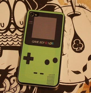 Illustration for article titled Turn Your iPhone 4 Into A GameBoy Color