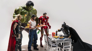 Illustration for article titled The Quirky Life Of Superheroes Off The Job, As Told By Hot Toys Figures