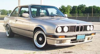 Illustration for article titled How About A 1989 BMW 325i Daily Driver For $3,500?