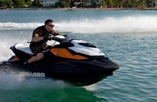 Illustration for article titled Jetskilopnik Comparo: 2013 Yamaha VXR vs Sea-Doo GTR 215. You Choose!