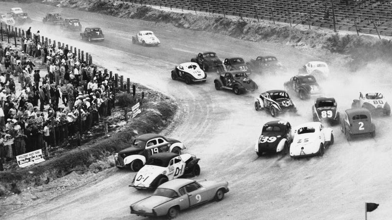 Illustration for article titled Help This YouTuber Discover A Completely Forgotten NASCAR Track From The 1950s
