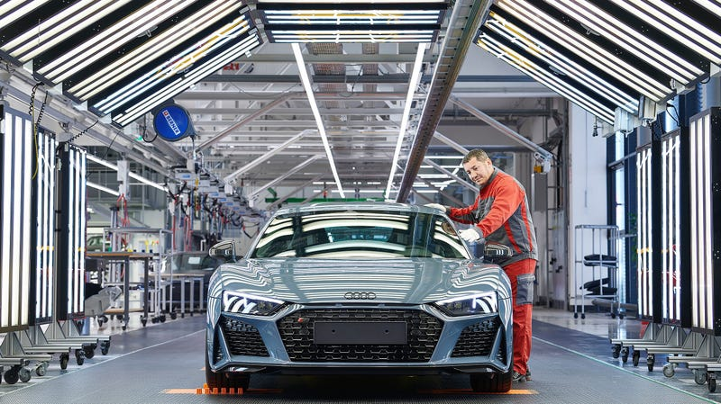 Illustration for article titled The 2019 Audi R8 Brings Updated Bodywork, More Power, and Improved Handling