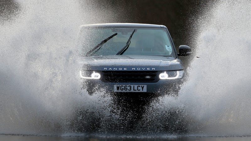 Illustration for article titled This Is Not A Range Rover Ad