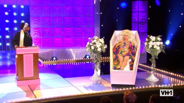 A table-setting RuPaul's Drag Raceshakes up the All Stars' social game