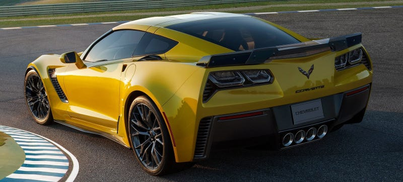 Illustration for article titled Is The 650 HP Corvette Z06 The Final Nail In The Viper's Coffin?