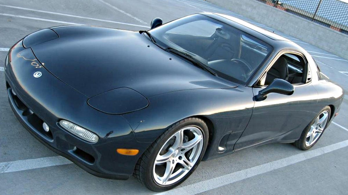 Five Reasons Why You Need To Buy An FD Mazda RX-7 Right Now