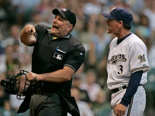 Illustration for article titled Better Know An Umpire: Bob Davidson