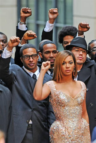 Illustration for article titled Beyonce, Buddies Do Their Best For Black Power