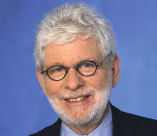 Washington Post columnist Richard CohenCopyright Sigrid Estrada, 2001 902 Broadway New York, NY 10010