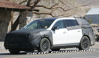 Illustration for article titled Lincoln MKT Spotted Testing In Hot Desert Sun