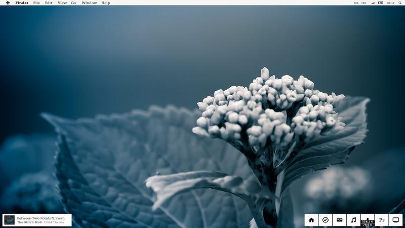 Illustration for article titled The Winter Bloom Desktop