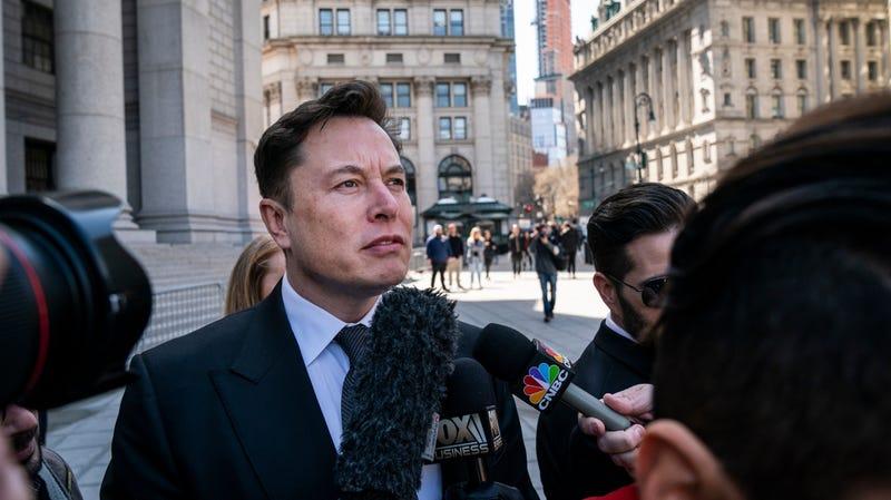 Illustration for article titled Elon Musk Allegedly Pushed A Former Employee, Tesla Denies: Report