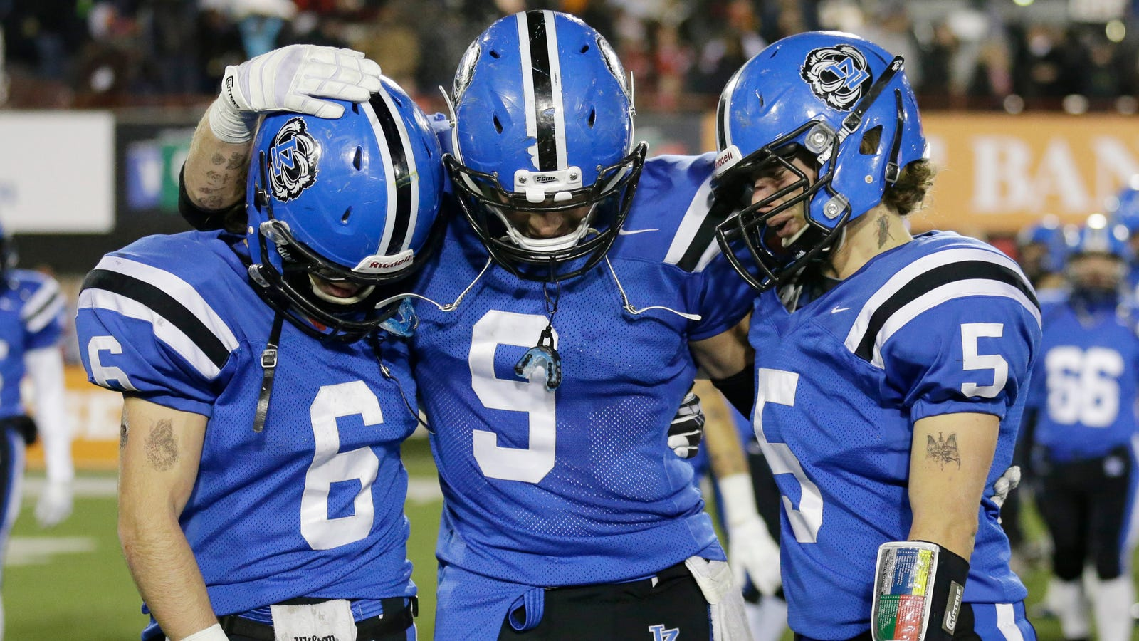 Lake Zurich Football >> Lawsuit High School Coaches Administrators Allowed Players To