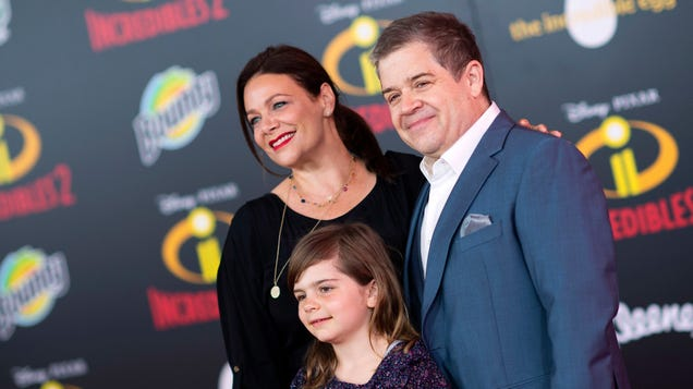 Patton Oswalt and his daughter starring together in My Little Pony episode