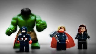 Illustration for article titled LEGO Lord of The Rings, Avengers, and Deadpool debut at Toy Fair!