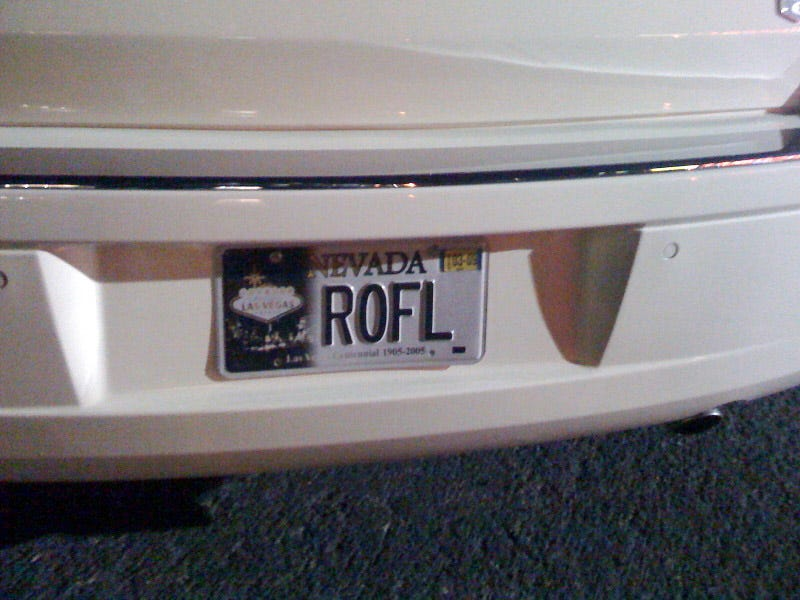 "Illustration for article titled Las Vegas Chrysler 300 Gets ""ROFL"" License Plate"