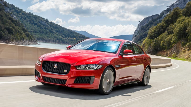 Illustration for article titled Jaguar Might Be Doing Away With Its Supercharged V6 Models; Everything Is Bad; There Is No God