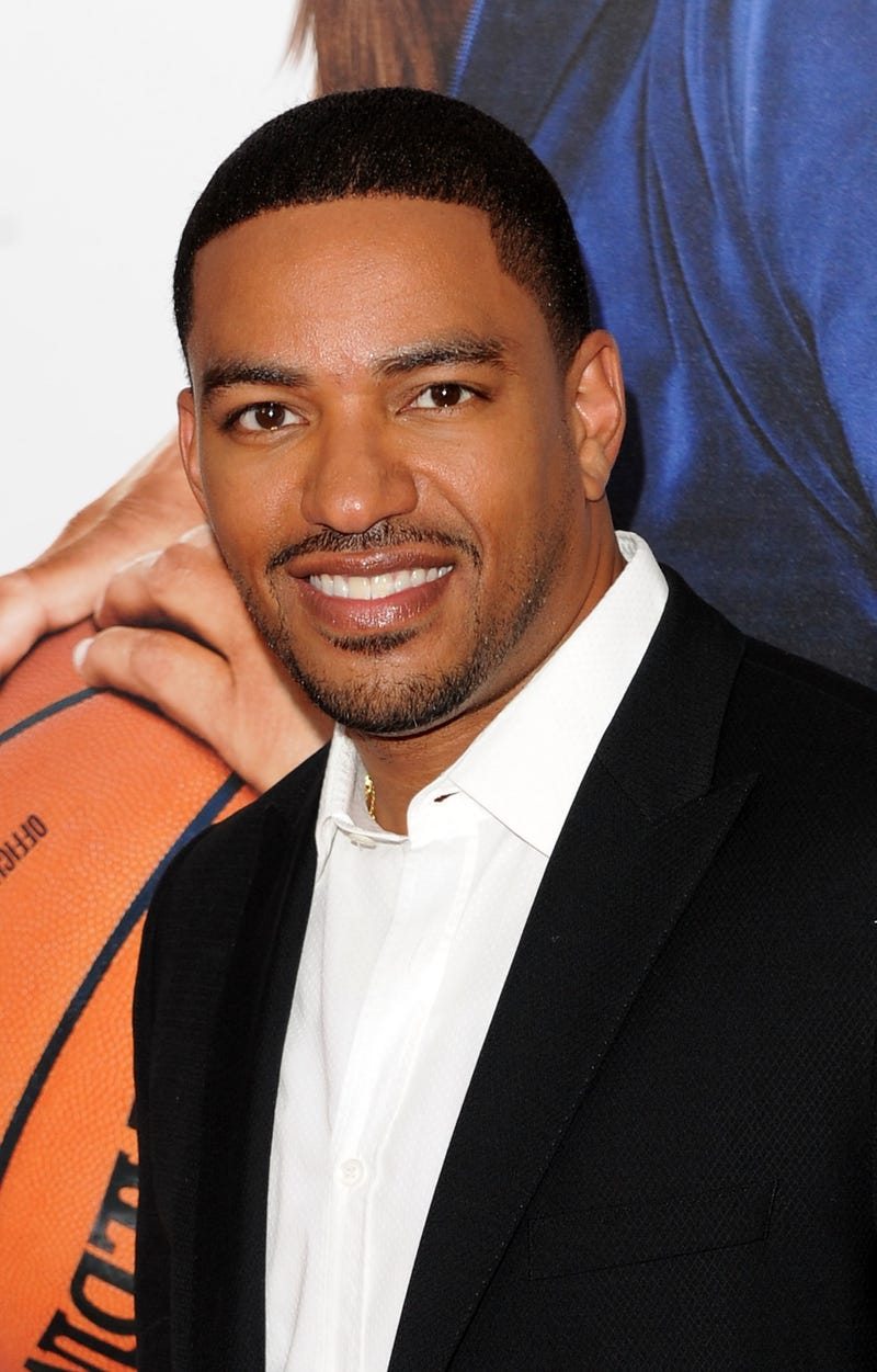 Illustration for article titled Laz Alonso and Paula Patton Set to Star in Jumping the Broom