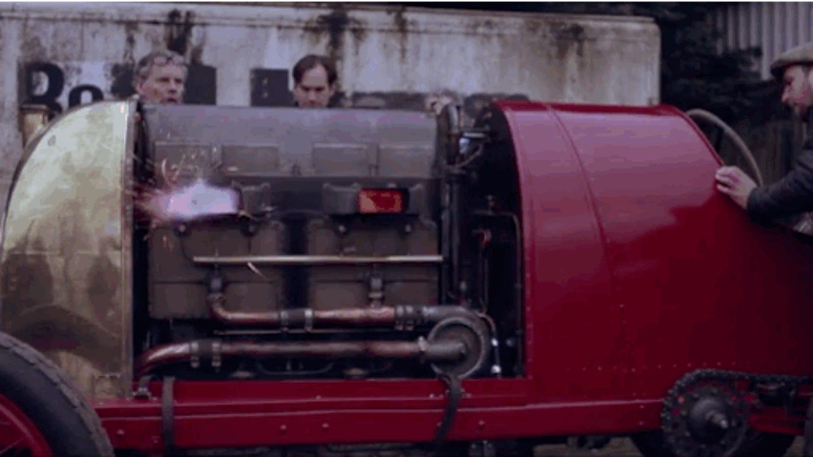 Así arranca un monstruoso motor Fiat de 290cv después de más de 100 años parado