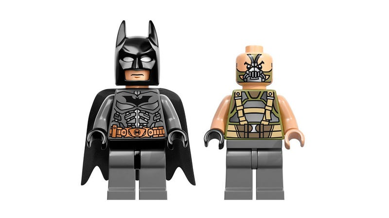 Illustration for article titled There's Official Dark Knight Rises LEGO, And It's Pretty Great