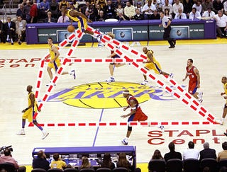 Illustration for article titled Phil Jackson Introduces New Tetrahedron Offense