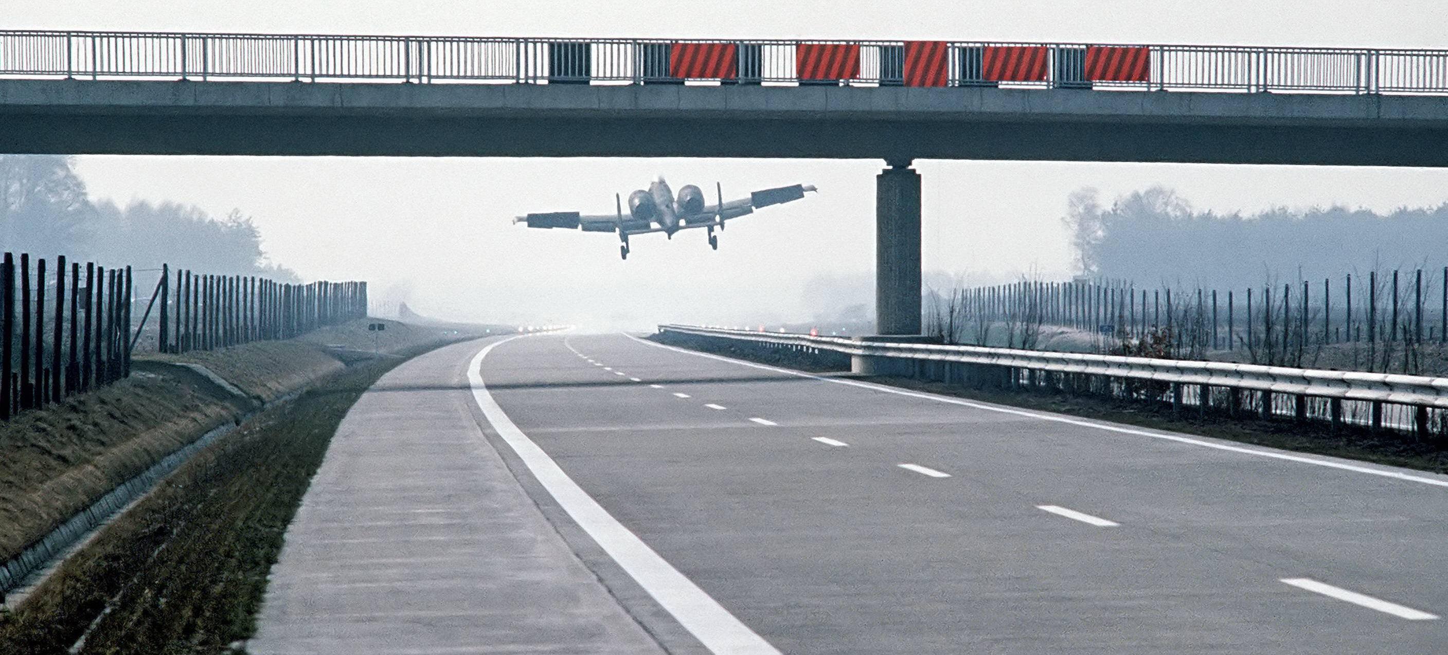 10 Thunderbolt attack jet lands on German highway