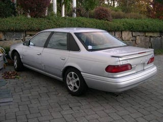 Illustration for article titled Raphmoe Craigslist Find Of The Day: '95 Ford Taurus