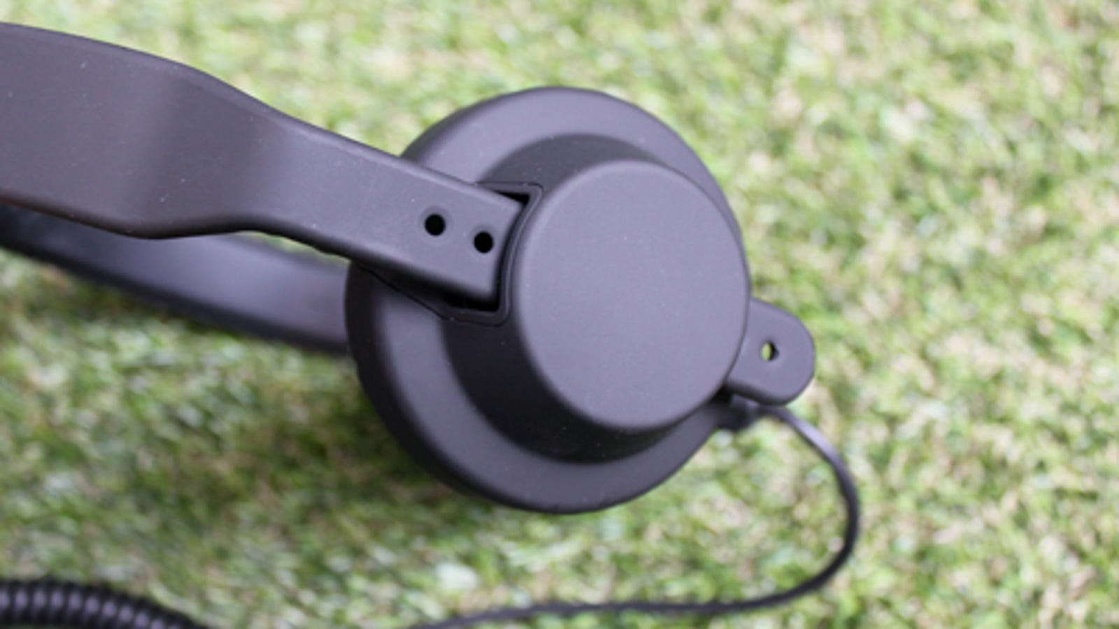 Aiaiai TMA-1 Headphones Lightning Review: High On Bass, High On Style