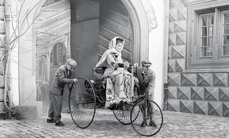 Illustration for article titled Bertha Benz:  The First Lady of the Automobile