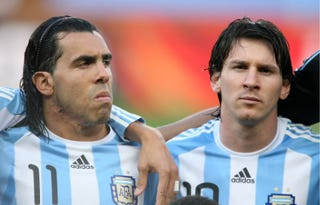 Illustration for article titled Lionel Messi And Carlos Tevez Vow To Reform Oasis